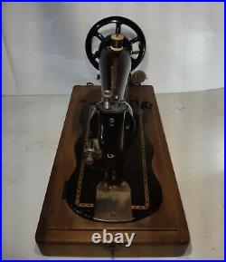 1890 Improved Family Fiddle shape model Singer Hand Crank sewing machine