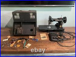 1936 Singer Featherweight Sewing Machine 221-1 AE215678 No Reserve
