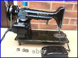 Beautiful Vintage Singer 201, 201K Electric sewing machine