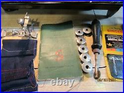 Beautiful Vintage Singer Model 201 Sewing Machine