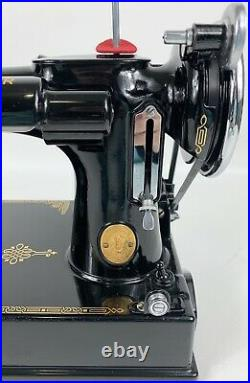 Excellent 1939 Singer Featherweight 221 Portable Sewing Machine Free Shipping