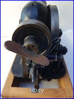 Rare 1929 Singer 68-7 Lock Stitch Button Industrial sewing machine head