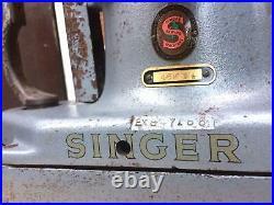 Rare Vintage Singer 46K54 Fur, Sheepskin Industrial Sewing Machine head only