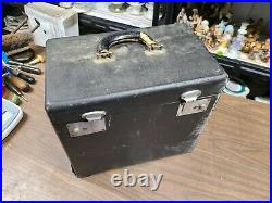 SINGER 221 Featherweight Sewing Machine 1946 # AG820723 in case