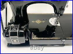 Serviced 1935 Vintage Singer Featherweight School Bell Sewing Machine Ad880518