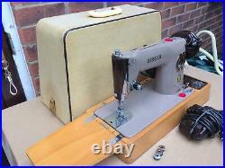 Singer 201, 201K Vintage Aluminium Sewing Machine