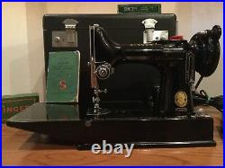 Singer 221-k Featherweight Portable Sewing Machine (1 Owner)