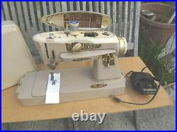 Singer Slant-O-Matic Rocketeer 500A Sewing Machine Vintage With Pedal & Case