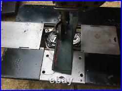 Singer Twin Needle Wheel/Roller Feed Lockstitch Industrial Sewing Machine