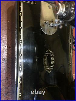 VINTAGE SINGER SEWING MACHINE 99k BZK. 12-12 GOOD CONDITION WORKING ORDER