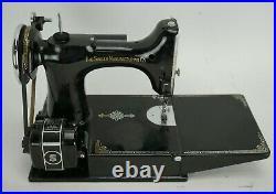 Vintage 1936 Singer Featherweight 221 Sewing Machine AE083744