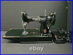 Vintage 1950 Singer Featherweight Sewing Machine CAT3-120 Case USA AK