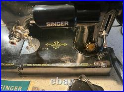 Vintage Singer 221K Featherweight Sewing Machine with Buttonholer And Accessories