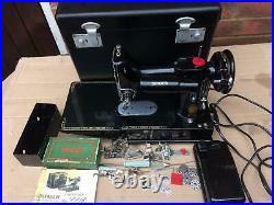 Vintage Singer 222K Featherweight Convertible Free Arm Sewing Machine
