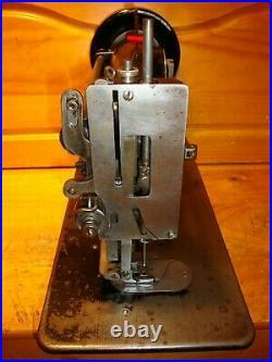 Vintage Singer 32-45 Walking Foot Zig Zag Industrial Sewing Machine