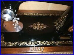 Vintage Singer 99k Sewing Machine hand cranked 1936 model with Beechwood case