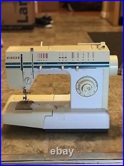 Vintage Singer Electric Sewing Machine Model CM-17 C