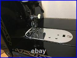 Vintage Singer Featherweight 222K sewing machine Original Box Stunning TESTED