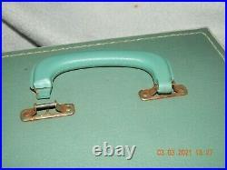 Vintage Singer White Featherweight Model 221 K Portable Sewing Machine
