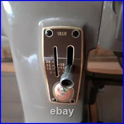 Vintage singer sewing machine 185k hand cranked