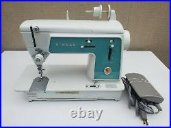 Vtg 1966 Singer Touch & Sew 628 Deluxe Zig Zag Sewing Machine -Tested and Works