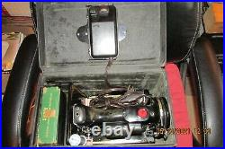 Works Perfectly Pre-Owned Singer 221 Featherweight Sewing Machine 1952 AL 032002
